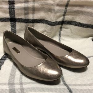 Gold flats with a 1nch heel